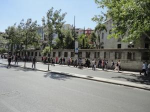 By Şişli Mosque, on the way to Taksim