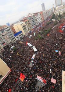 Photo taken from www.sendika.org/2014/03/istanbul-berkini-ugurluyor-dakika-dakika/