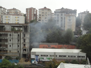 Coal smoke from construction site, Mecidiyeköy, September 30, 2015