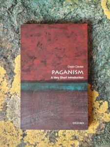 Davies, Paganism: A VSI (cover)